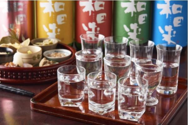 日本酒飲み比べ10種と酒肴前菜